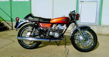 Yamaha 250 DS 7 - 2 temps