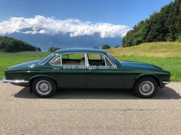 Daimler Sovereign 4.2