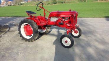 Farmall Tracteur CUB Essence