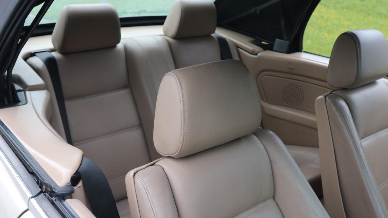 BMW 320 6cyl. Cabrio Manual